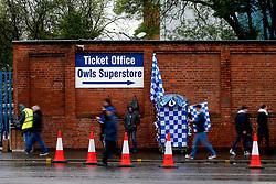 Fans arrive in the rain at Hillsborough Stadium - Mandatory by-line: Matt McNulty/JMP - 17/05/2017 - FOOTBALL - Hillsborough - Sheffield, England - Sheffield Wednesday v Huddersfield Town - Sky Bet Championship Play-off Semi-Final 2nd Leg