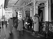 1960 - Students picket the South African Rugby team's hotel