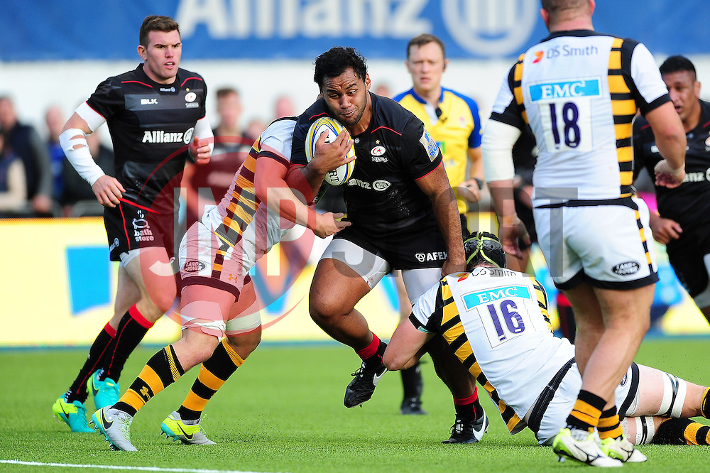 Billy Vunipola of Saracens takes on the Wasps defence - Mandatory byline: Patrick Khachfe/JMP - 07966 386802 - 09/10/2016 - RUGBY UNION - Allianz Park - London, England - Saracens v Wasps - Aviva Premiership.