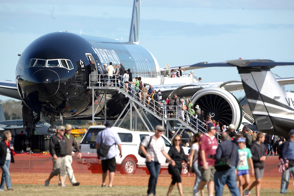 the public line up to look inside the Air New Zealand 777 in the 75th Anniversary Airshow at Ohakea Airforce base, New Zealand, Saturday, 31 March, 2012. Credit:SNPA / John Cowpland