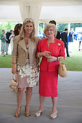 LORENZO QUINN; GIOVANNA QUINN, The Dalwhinnie Crook  charity Polo match  at Longdole  Polo Club, Birdlip  hosted by the Halcyon Gallery. . 12 June 2010. -DO NOT ARCHIVE-© Copyright Photograph by Dafydd Jones. 248 Clapham Rd. London SW9 0PZ. Tel 0207 820 0771. www.dafjones.com.