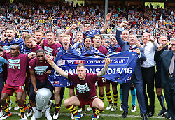 SKY BET PICTURES - FREE TO USE  Burnley Players and Staff celebrate after they Win the Sky Bet Championship - Mandatory by-line: Paul Terry/JMP - 07/05/2016 - FOOTBALL - The Valley - London, England - Charlton Athletic v Burnley - Sky Bet Championship