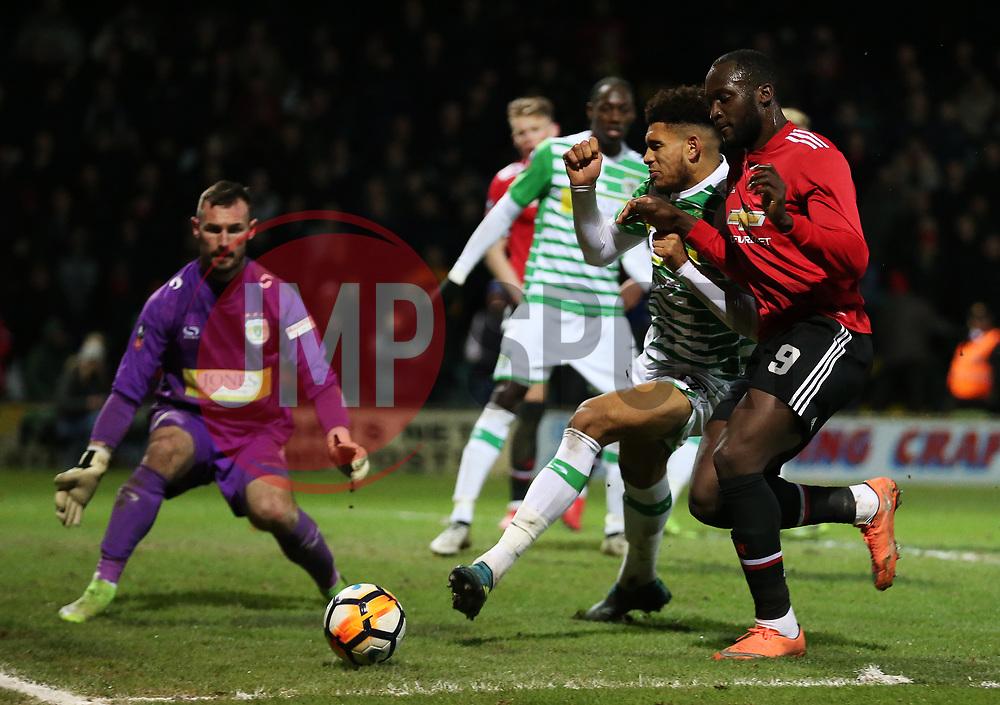 Romelu Lukaku of Manchester United attacks - Rogan/JMP - 26/01/2018 - FOOTBALL - Huish Park - Yeovil, England - Yeovil Town v Manchester United - FA Cup Fourth Round.