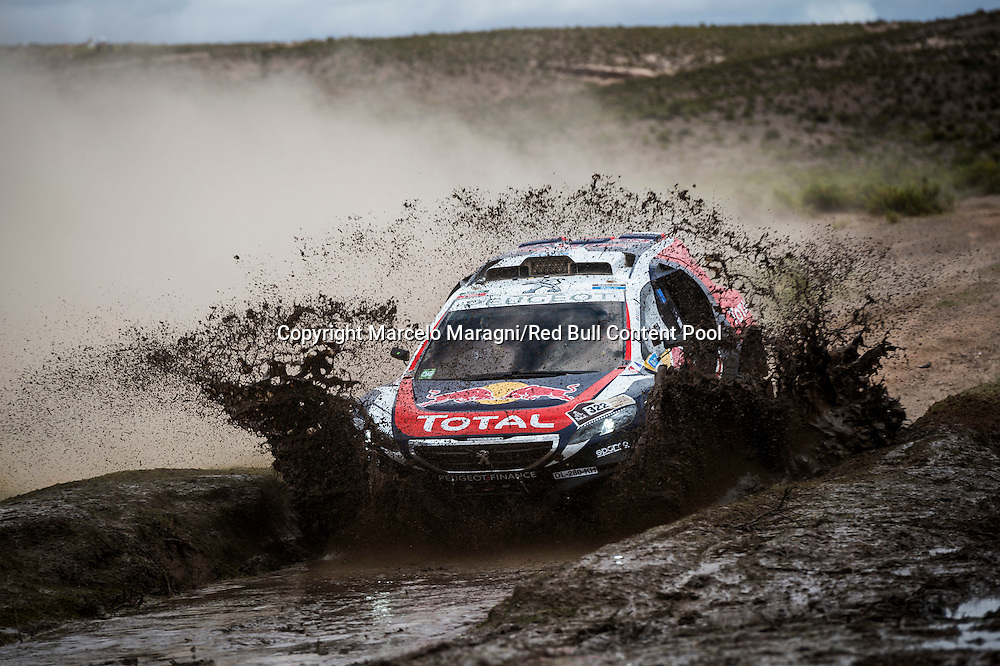 Cyril Despres races during the 7th stage of Rally Dakar 2015 from Iquique, Chile to Uyuni, Bolivia on January 10th, 2015  Peugeot returns to Dakar // Marcelo Maragni/Red Bull Content Pool // P-20150110-00104 // Usage for editorial use only // Please go to www.redbullcontentpool.com for further information. //