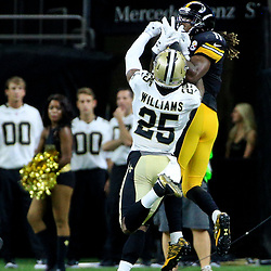 Aug 26, 2016; New Orleans, LA, USA;  Pittsburgh Steelers wide receiver Markus Wheaton (11) catches a touchdown over New Orleans Saints cornerback P.J. Williams (25) during the first half of a preseason game at Mercedes-Benz Superdome. Mandatory Credit: Derick E. Hingle-USA TODAY Sports