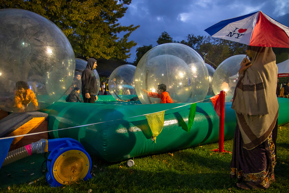 Pleasanton, California: Bubble rollers are part of the Diwali festivities at the Alameda County Fairgrounds.