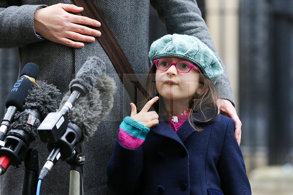 © Licensed to London News Pictures. 23/01/2020. London, UK. RICHARD'S daughter GABRIELLA stands next to him as NAZANIN ZAGHARI-RATCLIFFE'S husband makes a statement on Downing Street after meeting Prime Minister, BORIS JOHNSON. NAZANIN ZAGHARI-RATCLIFFE, a dual-national British-Iranian, has been in detention in Tehran since her arrest on 3 April 2016. She is accused of spying – a charge she denies. Photo credit: Dinendra Haria/LNP