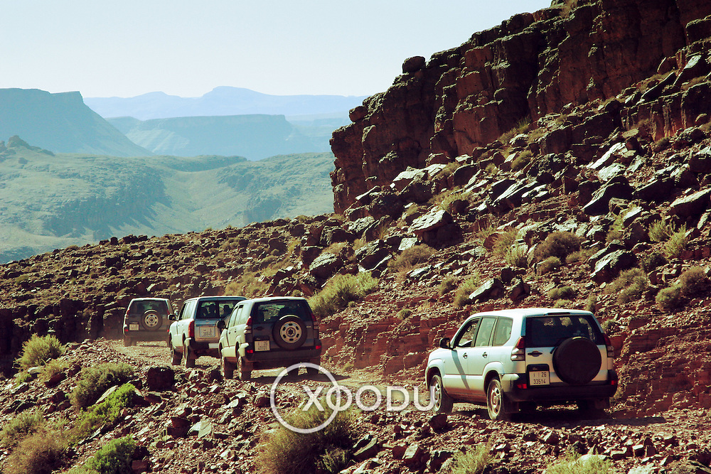 4WDs in Tizi-n-Tazazert mountain pass, Tizi-n-Tazazert mountain pass, Morocco (November 2006)