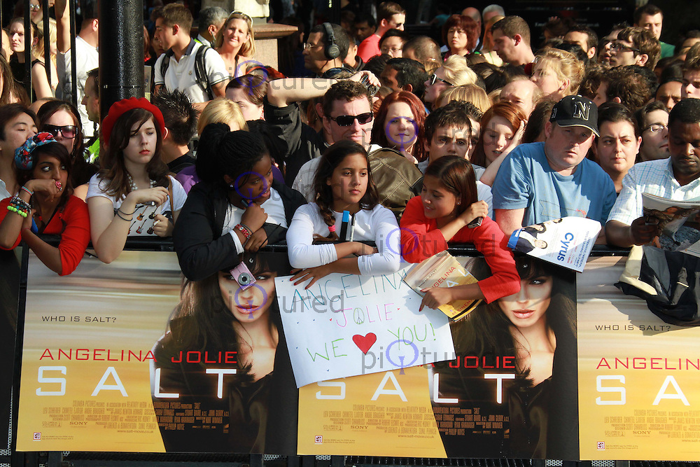 Fans Salt, UK Premiere held at the Empire Cinema, Leicester Square, London, UK, 16 August 2010: For piQtured Sales contact: Ian@Piqtured.com +44(0)791 626 2580 (Picture by Richard Goldschmidt/Piqtured)