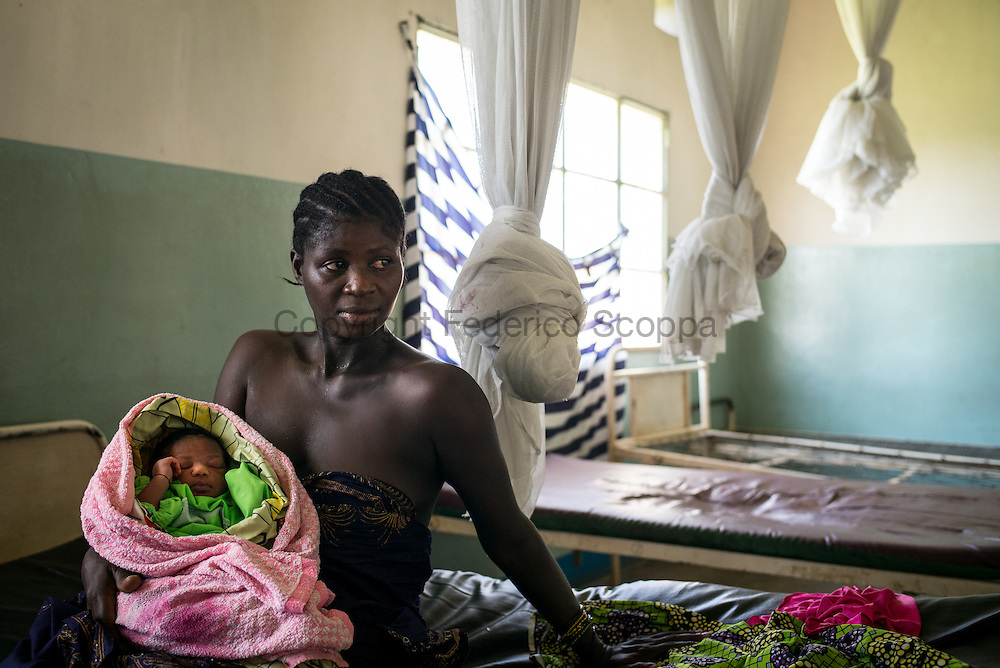 DRC / Burundi Refugees / Yesterday at 2:30 pm, 35 year-old Marthe gave birth to a baby girl she named Claire<br /> Niyobuhungiro. Her name means &quot;a refuge&quot;.<br /> <br /> Marthe is one of the nearly 8,000 Burundian refugees who have fled to the DRC over<br /> the past few weeks. She fled Burundi while she was 8-month pregnant.<br /> <br /> The majority of the refugees arriving in the DRC are women and children. <br /> <br /> 7,661 Burundians refugees have crossed into the DRC over the past few weeks. The new<br /> arrivals are being hosted by local families, but the growing numbers are straining<br /> available support. UNHCR is helping some 500 vulnerable refugees at a transit centre<br /> at Kavimvira and in another centre at Sange. Work is ongoing to identify a site<br /> where all the refugees can be moved, and from where they can have access to<br /> facilities such as schools, health centers and with proper security./ UNHCR / F.Scoppa / May 2015