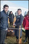 BRETT FARMER; ROB LAMB, The Heythrop Hunt Point to Point. Cockle barrow. 25 January 2015