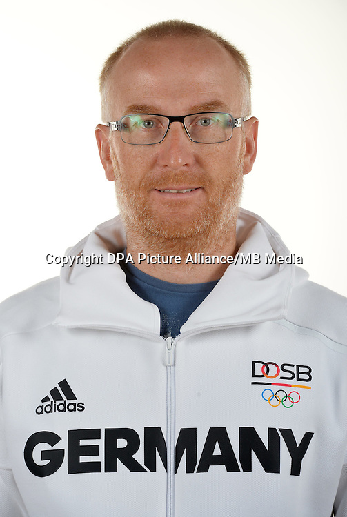Carsten Hoffmann poses at a photocall during the preparations for the Olympic Games in Rio at the Emmich Cambrai Barracks in Hanover, Germany. July 08, 2016. Photo credit: Frank May/ picture alliance. | usage worldwide