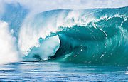 Waimea Bay Shorebreak, N. Shore, Oahu, Hawaii, USA