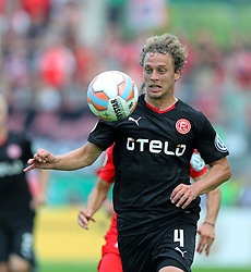 09.08.2015, Stadion Essen, Essen, GER, DFB Pokal, Rot Weiss Essen vs Fortuna Duesseldorf, 1. Runde, im Bild Julian Schauerte (Duesseldorf) mit Ball // during German DFB Pokal first round match between Rot Weiss Essen and Fortuna Duesseldorf at the Stadion Essen in Essen, Germany on 2015/08/09. EXPA Pictures © 2015, PhotoCredit: EXPA/ Eibner-Pressefoto/ Hommes<br /> <br /> *****ATTENTION - OUT of GER*****