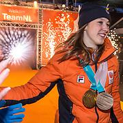 NLD/Amsterdam/20180226 - Thuiskomst TeamNL, Suzanne Schulting