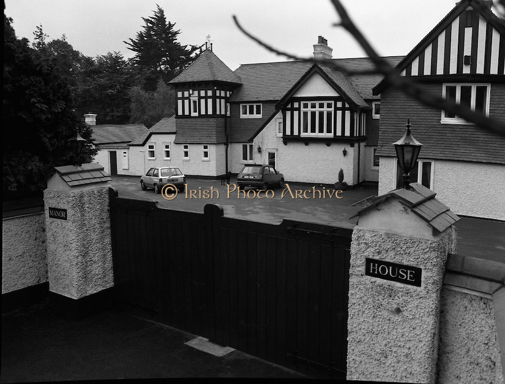 John O'Grady Kidnap.  (R66)..1987..15.10.1987..10.15.1987..15th October 1987..A four man gang led by Dessie O'Hare broke into the home of dentist  John O'Grady. After terrorising his young family they kidnapped Mr O'Grady. A ransom demand was sent and a huge Garda manhunt began. The situation reached a new low when Mr O'Grady was mutilated by having his little fingers severed and sent to his family in order to force the family to pay the ransom...Image shows the O'Grady family home in Cabinteely from where Mr O'Grady was abducted.