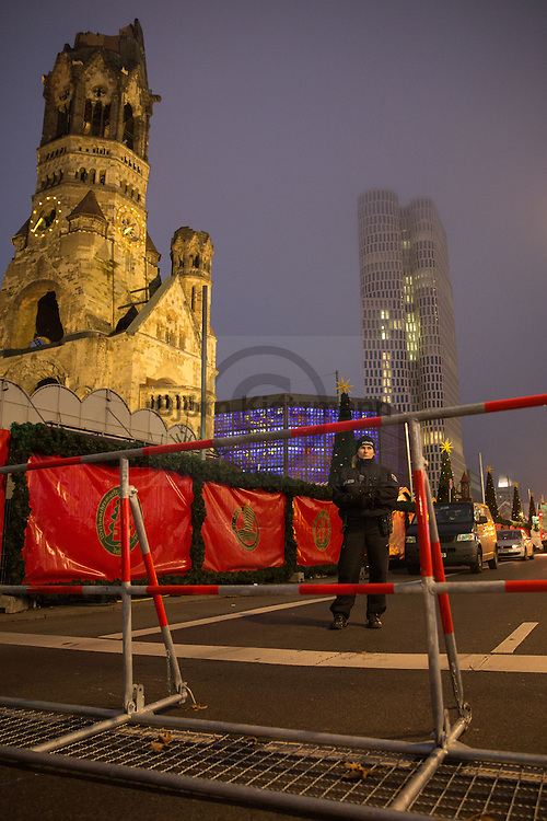 Berlin, Germany - 20.12.2016<br /> <br /> Crime scene of the chrismas market truck attack in Berlin-Charlottenburg. On the evening of the 19th of december a truck drives into the Christmas market on the Breitscheidplatz in Berlin. Twelve people died and 49 are injured. <br /> <br /> Tatort der LKW-Attacke auf einen Weihnachtsmarkt in Berlin-Charlottenburg. Am Vorabend fuhr ein LKW in den Weihnachtsmarkt auf dem Breitscheidplatz. Zw&ouml;lf Menschen starben und 49 Menschen wurden verletzt.<br /> <br /> Photo: Bjoern Kietzmann