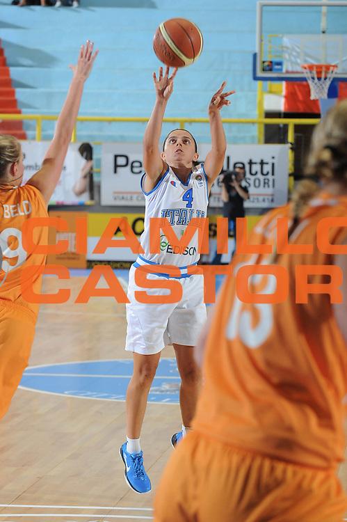 DESCRIZIONE : Cagliari Qualificazioni Europei 2011 Italia Olanda<br /> GIOCATORE : Angela Gianolla<br /> SQUADRA : Nazionale Italia Donne<br /> EVENTO : Qualificazioni Europei 2011<br /> GARA : Italia Olanda<br /> DATA : 29/08/2010 <br /> CATEGORIA : Tiro<br /> SPORT : Pallacanestro <br /> AUTORE : Agenzia Ciamillo-Castoria/GiulioCiamillo<br /> Galleria : Fip Nazionali 2010 <br /> Fotonotizia : Cagliari Qualificazioni Europei 2011 Italia Olanda<br /> Predefinita :