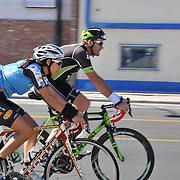 El Tour de Tucson 2014 finishers on 6th Avenue. Bike-tography by Martha Retallick.