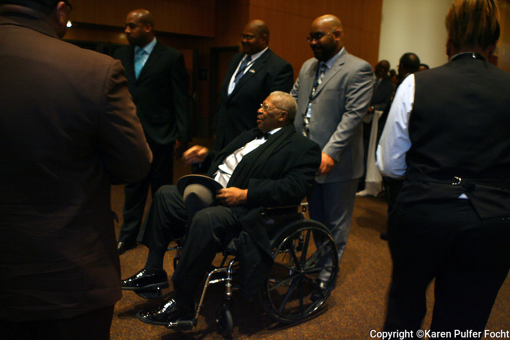 B.B. King used a wheelchair  before taking stage in the last few years.  He was playing the Blues Music Awards in 2009 in Memphis, Tennessee.