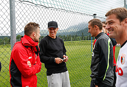 29.07.2014, Walchsee, AUT, 1. FBL, FS Vorbereitung, FC Augsburg Trainingslager, im Bild Tobias Schweinsteiger (2. v.li.), v˙berraschungsbesuch am Trainingsplatz, mit Daniel Baier (FC Augsburg, li.), Tobias Zellner (Co-Trainer FC Augsburg), Wolfgang Beller (Co-Trainer FC Augsburg), // during the Preparation Camp of the German Bundesliga Club FC Augsburg at the Walchsee, Austria on 2014/07/29. EXPA Pictures © 2014, PhotoCredit: EXPA/ Eibner-Pressefoto/ Krieger<br /> <br /> *****ATTENTION - OUT of GER*****