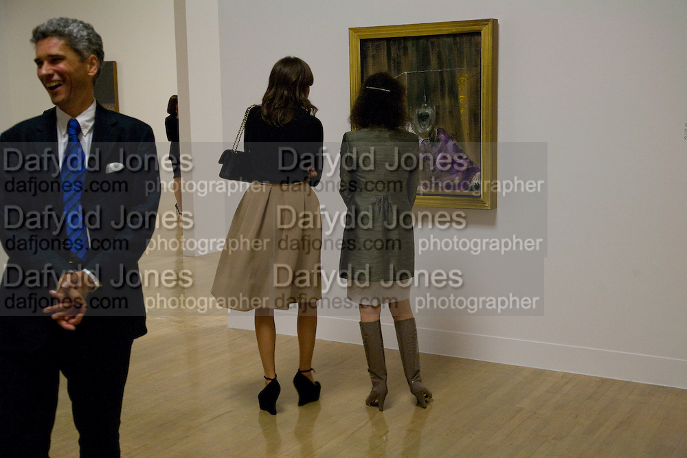 Mollie Dent-brocklehurs; Dasha Zhukova, Francis Bacon opening private view and dinner. Tate Britain. 8 September 2008 *** Local Caption *** -DO NOT ARCHIVE-© Copyright Photograph by Dafydd Jones. 248 Clapham Rd. London SW9 0PZ. Tel 0207 820 0771. www.dafjones.com.
