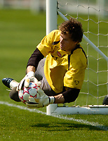 Photo: Richard Lane.<br />Arsenal Training Session. The Barclays Premiership. 11/05/2006.<br />Keeper Jens Lehmann makes a save during training.