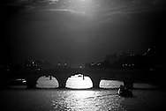 France. Paris. 4th district. the seine river and the  Pont neuf .  /  le pont Neuf sur la seine