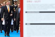 """Koning Willem-Alexander en Koningin Maxima tijdens het streekbezoek aan de achterhoek. Het bezoek staat in het teken van de Achterhoek Agenda 2020, een innovatief voor de toekomst van de Achterhoek dat aansluit op de toekomstvisies van de provincie, de Rijksoverheid en Europa. <br /> <br /> King Willem-Alexander and Queen Maxima visiting the region """"Achterhoek"""". The visit will focus on the Achterhoek Agenda 2020, an innovative for the future of the Achterhoek that meets the future visions of the province, the government and Europe.<br /> <br /> Op de foto / On the photo:  Koning Willem-Alexander en Koningin Maxima bij het innovatiecentrum ICER in Ulft / King Willem-Alexander and Queen Maxima at the innovation center ICER Ulft"""