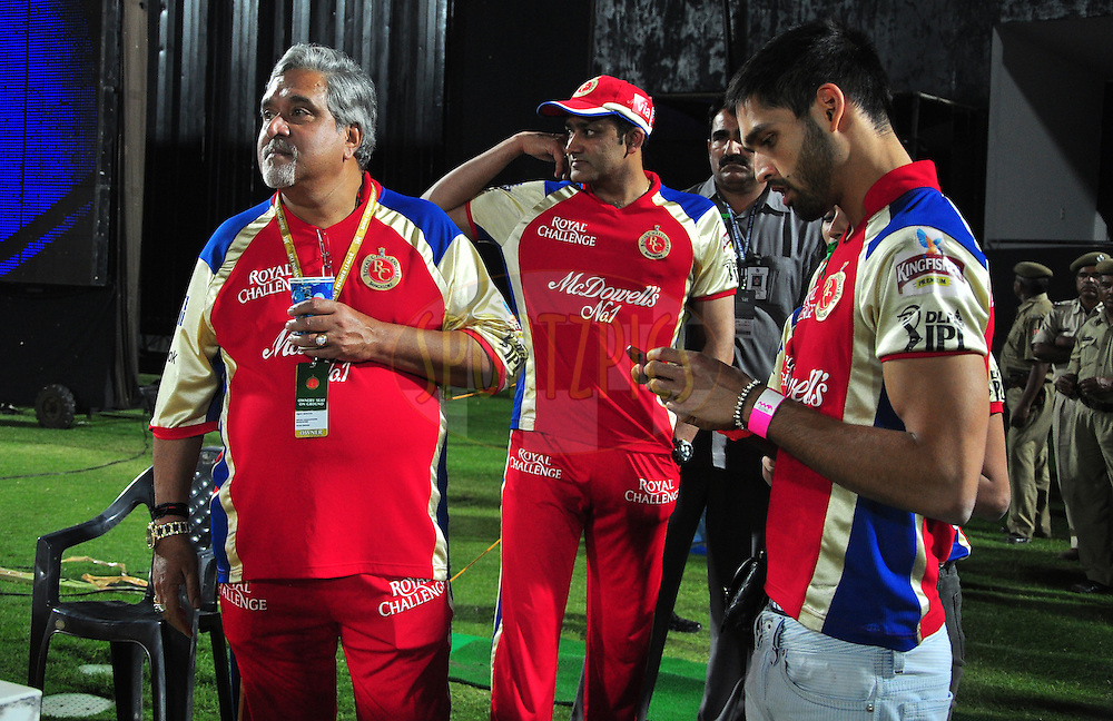RCB owner Vijay Mallya with his son Siddharth Mallya during match 30 of the the Indian Premier League ( IPL) 2012  between The Rajasthan Royals and the Royal Challengers Bangalore held at the Sawai Mansingh Stadium in Jaipur on the 23rd April 2012..Photo by Arjun Panwar/IPL/SPORTZPICS