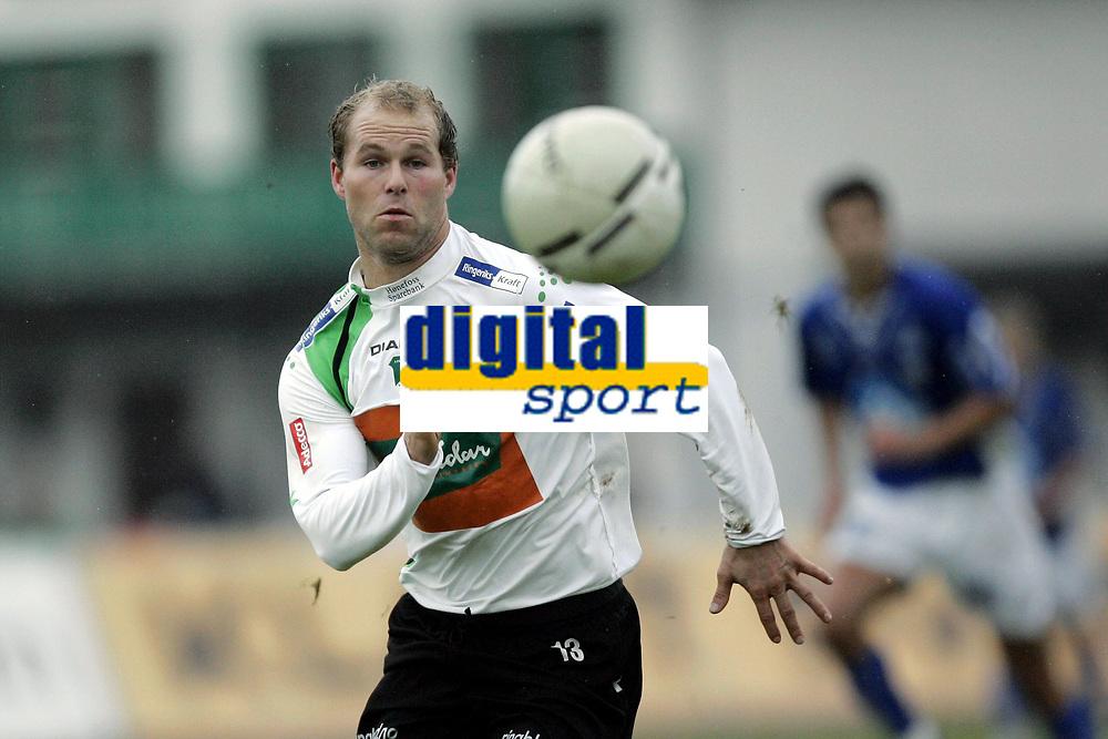 Fotball<br /> Adeccoligaen<br /> 22.10.2006<br /> H&oslash;nefoss v H&oslash;dd 3-0<br /> Foto: Morten Olsen, Digitalsport<br /> <br /> Kai Risholt - H&oslash;nefoss