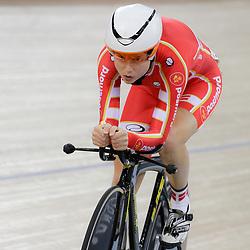 07-12-2014: Wielrennen: WB baan: Londen<br /> Omniujm Amelie Diederiksen