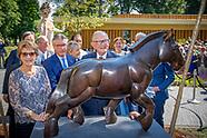 Prinses Margriet der Nederlanden en prof.mr. Pieter van Vollenhoven openen woensdag 14 juni het St.