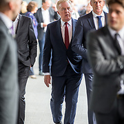 NLD/Amsterdam/20171014 - Besloten erdenkingsdienst overleden burgemeester Eberhard van der Laan, Andre van Duin en partner Martin Elferink