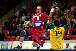 14.01.2011, Himmelstalundshallen, Norrköping, SWE, IHF Handball Weltmeisterschaft 2011, Herren, Österreich vs Brasilien, im Bild, // Austria #21 Roland Schlinger // during the IHF 2011 World Men's Handball Championship match Austria vs Brazil at Himmelstalundshallen in Norrkoping. EXPA Pictures © 2011, PhotoCredit: EXPA/ Skycam/ Erik Astrom +++++ ATTENTION - OUT OF SWEDEN/SWE +++++