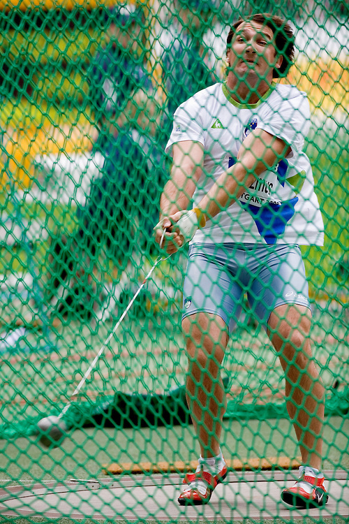 (Stuttgart, Germany---14 September 2008) Primoz Kozmus of Slovenia won the hammer throw (79.99) at the 2008 IAAF World Athletics Final. [Copyright Sean W. Burges/Mundo Sport Images, 2008.]