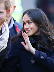 Prince Harry and his fiancé Meghan Markle arrive in Nottingham on their first engagement together<br />