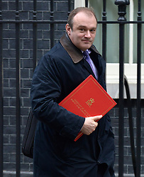 © Licensed to London News Pictures. 18/12/2012. Westminster, UK Energy and Climate Secretary Ed Davey on Downing Street today 18th December 2012. Photo credit : Stephen Simpson/LNP