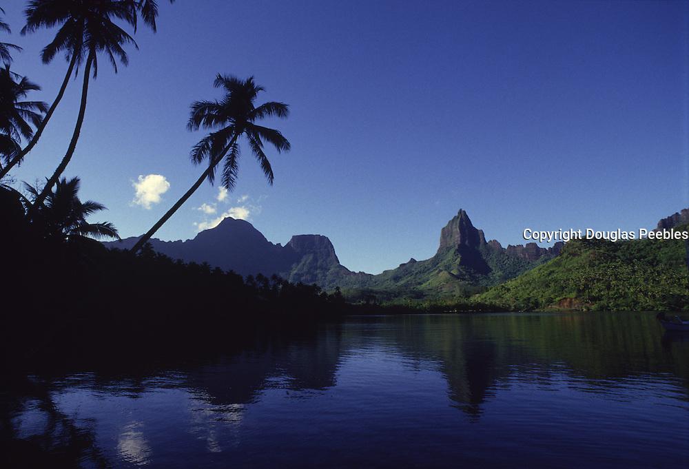 Opunohu Bay, Moorea, French Polynesia<br />