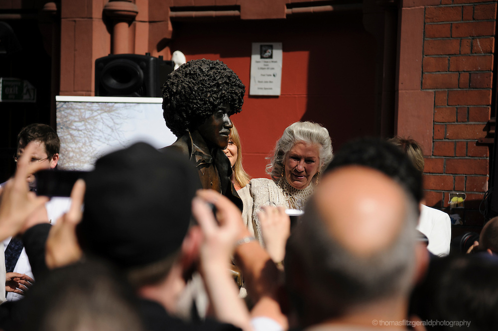 Philimena Lynott Speaks at Unveiling of Phil Lynott Statue<br /> <br /> The Statue is being unveiled, having being repaired following damage by vandals earlier this year. Several musicians played at the event and the star's mother, Philimena Lynott gave a moving speech about her Son and the Statue. EDITORIAL ONLY