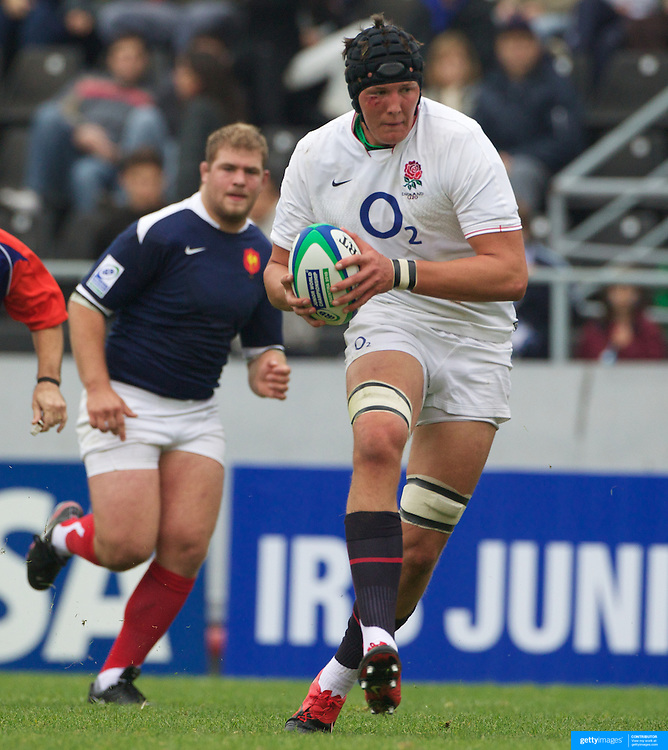 Charlie Matthews, England, in action during the England V France group stage match at Estadio El Coloso del Parque, Rosario, Argentina, during the IRB Junior World Championships. 13th June 2010. Photo Tim Clayton....