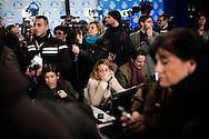 ROMA. GIORNALISTI ATTENDONO I RISULTATI DELLE ELEZIONI POLITICHE ITALIANE NELLA SALA STAMPA DEL PARTITO DI SILVIO BERLUSCONI IL POPOLO DELLA LIBERTA';