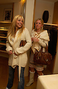 Willa Keswick and Lucinda Cook, Burberry party to launch collection in  support of Breakthrough Breast Cancer. New Bond St. shop. Londddon. 5 October 22004. ONE TIME USE ONLY - DO NOT ARCHIVE  © Copyright Photograph by Dafydd Jones 66 Stockwell Park Rd. London SW9 0DA Tel 020 7733 0108 www.dafjones.com