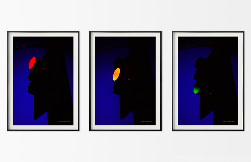 Available sizes/editions, as a triptych:<br />
