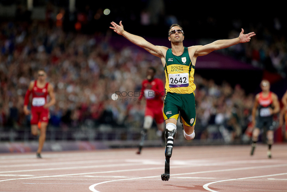 Oscar Pistorius of the Republic of South Africa in the men's 400 meter t44 final at the olympic Stadium on day 10 of the London 2012 Paralympic Games. 8th September 2012.