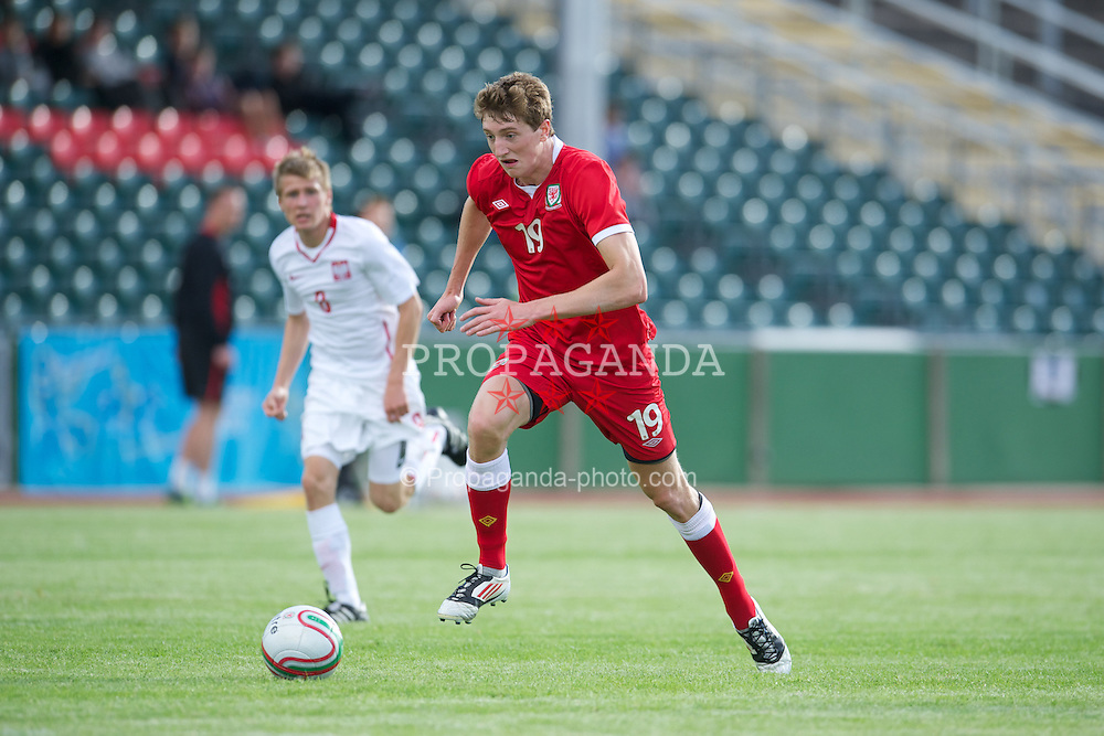 COLWYN BAY, WALES - Tuesday, August 28, 2012: Wales' Will Abbotts in action against Poland during the International Friendly Under-16's match at Eirias Park. (Pic by David Rawcliffe/Propaganda)