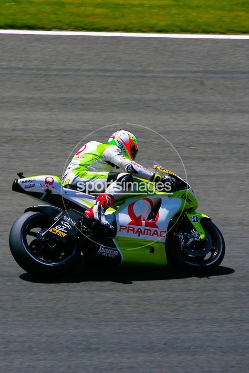 Aleix Espargaro riding the 41 Pramac.