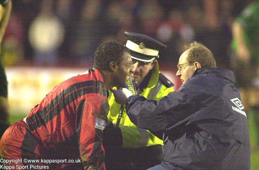 ROBERT CODNER KETTERING TOWN, RECIEVES TREATMENT FROM PHYSIO PETER LAKE AND ST JOHNS, Kettering Town v Northwich Victoria, Rockingham Road, 11th November 2000