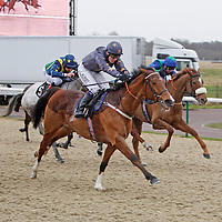 Nashville and Jamie Spencer winning the 1.00 race