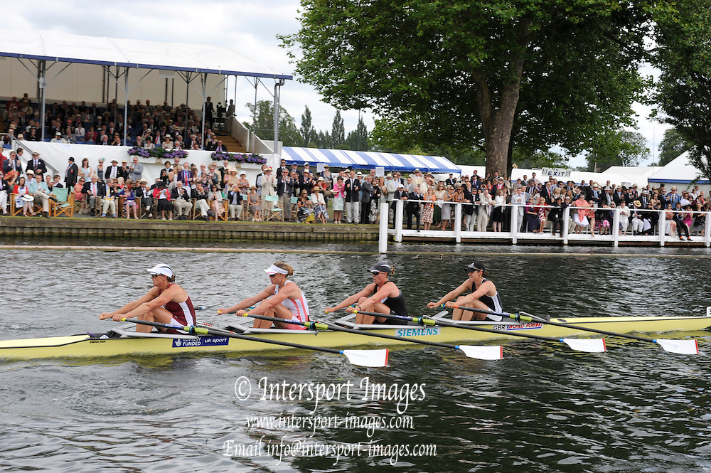 Henley, GREAT BRITAIN,  Princess Grace Challenge Cup. Gloucester RC and Leander Club. Bow Annie VERNON, Beth RODFORD,  Anna WATKINS [ BEBINGTON] and Katherine GRAINGER. 2010 Henley Royal Regatta. 15:27:14   Sunday  04/07/2010.  [Mandatory Credit: Peter Spurrier / Intersport-images] Rowing Courses, Henley Reach, Henley, ENGLAND . HRR.